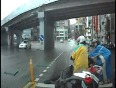 Lucky-Escape-From-Accident-Video