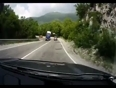 Truck loses control on highway video