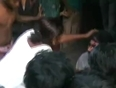 Video 1 - firozabad - 10 apr - daring woman beating up a man of the streets in firozabad, close to agra the city of taj mahal